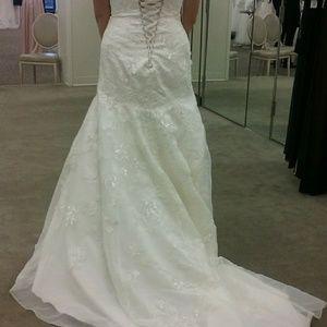David's Bridal Dresses - David's Bridal Corset Back Wedding Dress